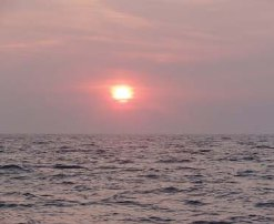 Röd solnedgång över Danmark.
