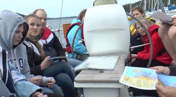 Sjöscouter seglar 24-timmarsseglingarna.