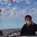 """Victor Gillander på Carrera Helmsman """"Saga"""" seglar Ensamseglingen 2015 i Stockholm"""