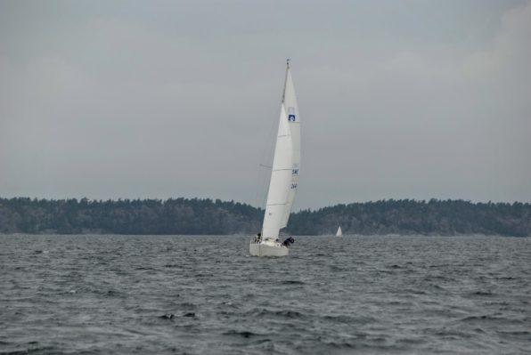 Omega 34:an The Ace vid starten 552 Grönö. Foto: Stefan Pettersson.
