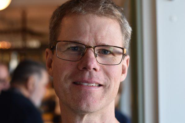 Porträttbild av Martin Björklund